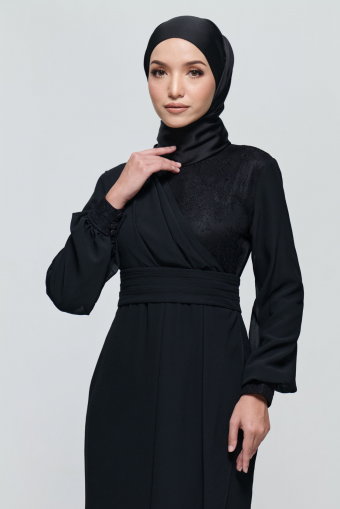 Andora Dress in Black