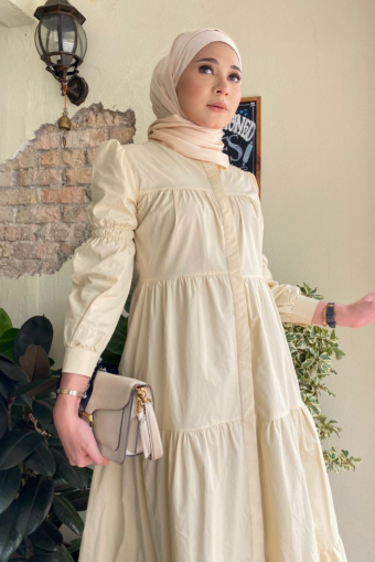 Asly Gathers Dress - Cream