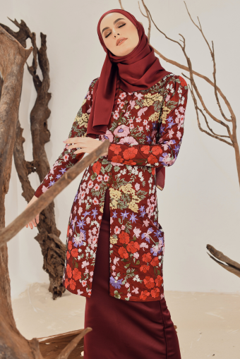 Heliza Embroidered Kurung in Maroon