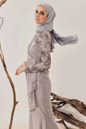 Luna Drape Kurung in Grey