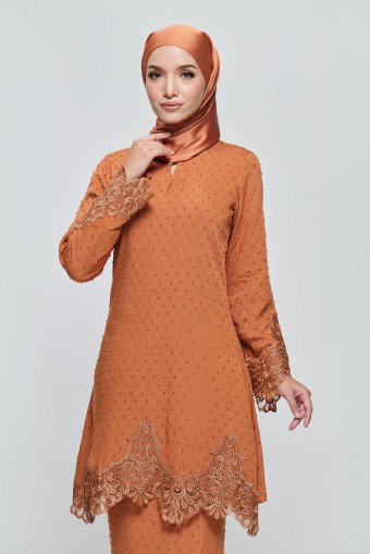 Kamila Kurung in Burnt Orange