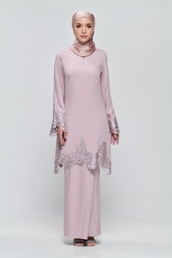 Kamila Kurung in Dusty Pink